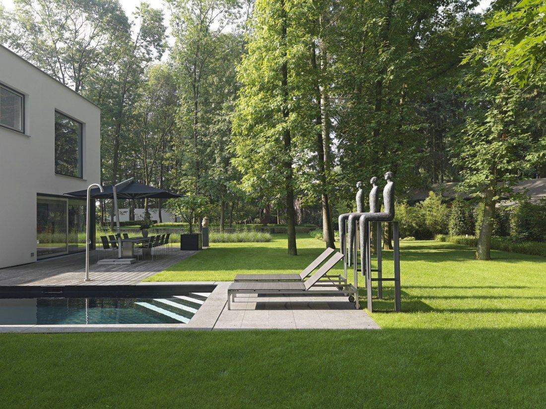 Moderne tuin met vijver - Zwembad interieur design ...