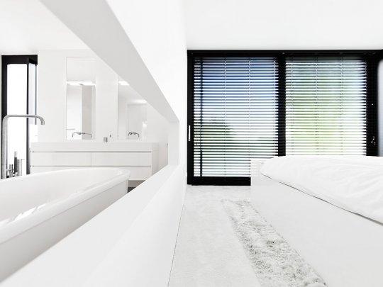 veel wit strak modern huis