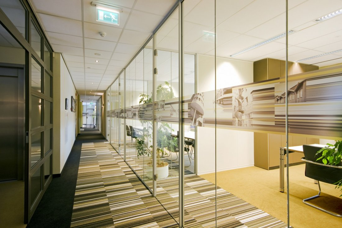 3500m2 kantoor interieur for Interieur amersfoort