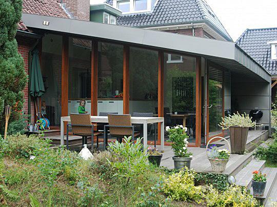 Industriele Keuken Particulier : Uitbreiding woonhuis met keuken en parktijkruimte aan huis.