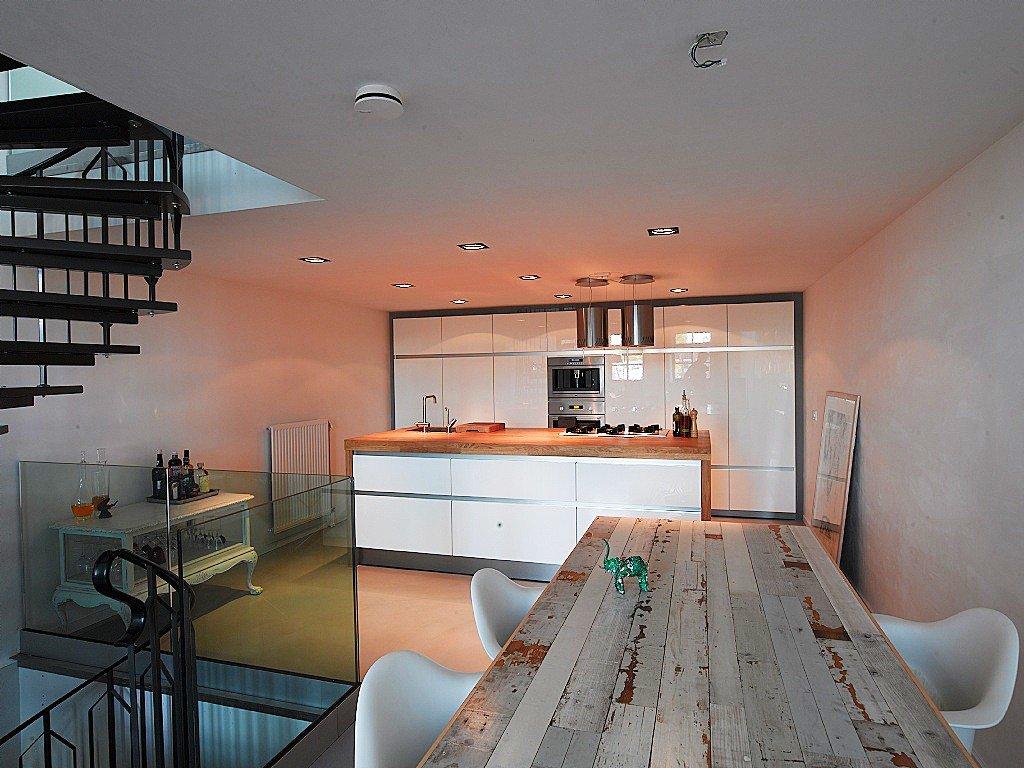 Modern interieur interieur meubilair idee n - Modern meubilair en oude ...