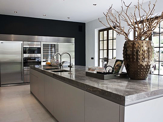 Aanbouw Keuken Landelijk : Moderne keuken in landelijk huis van de Appelboom