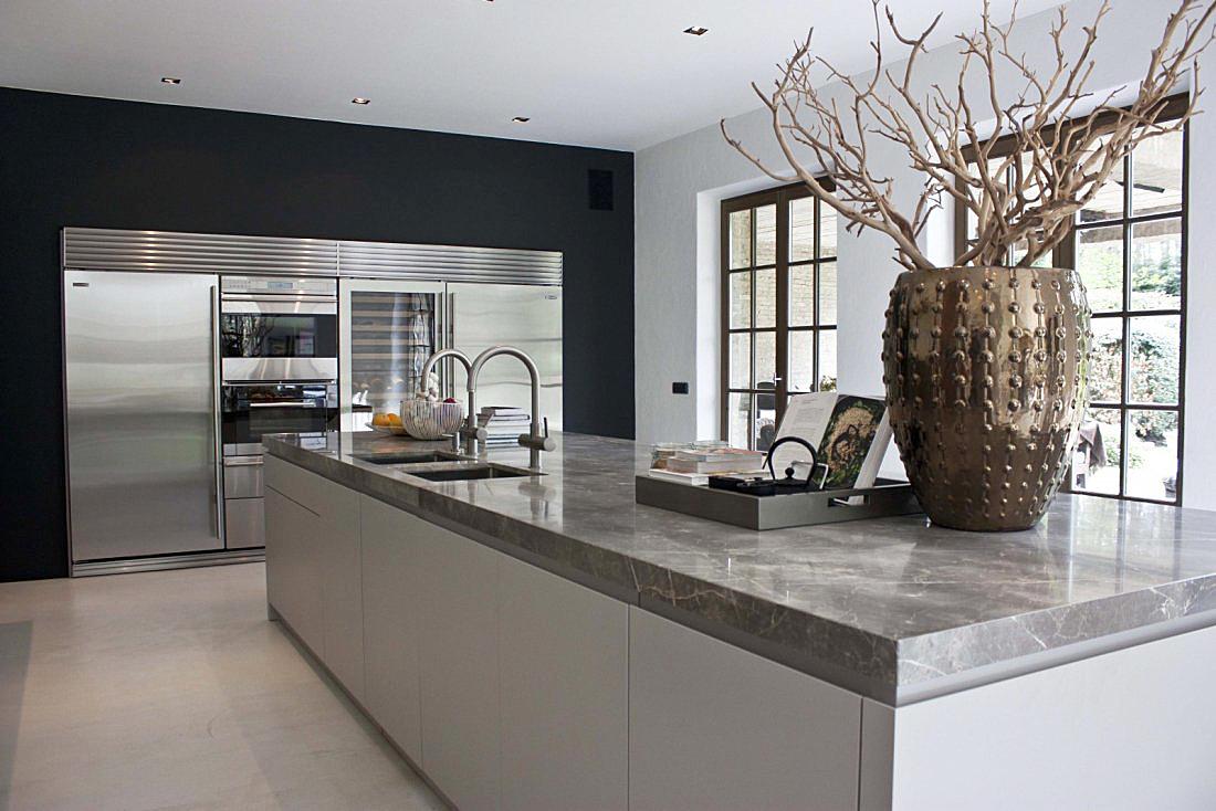 Moderne keuken in landelijk huis van de appelboom for Landelijk interieur voorbeelden