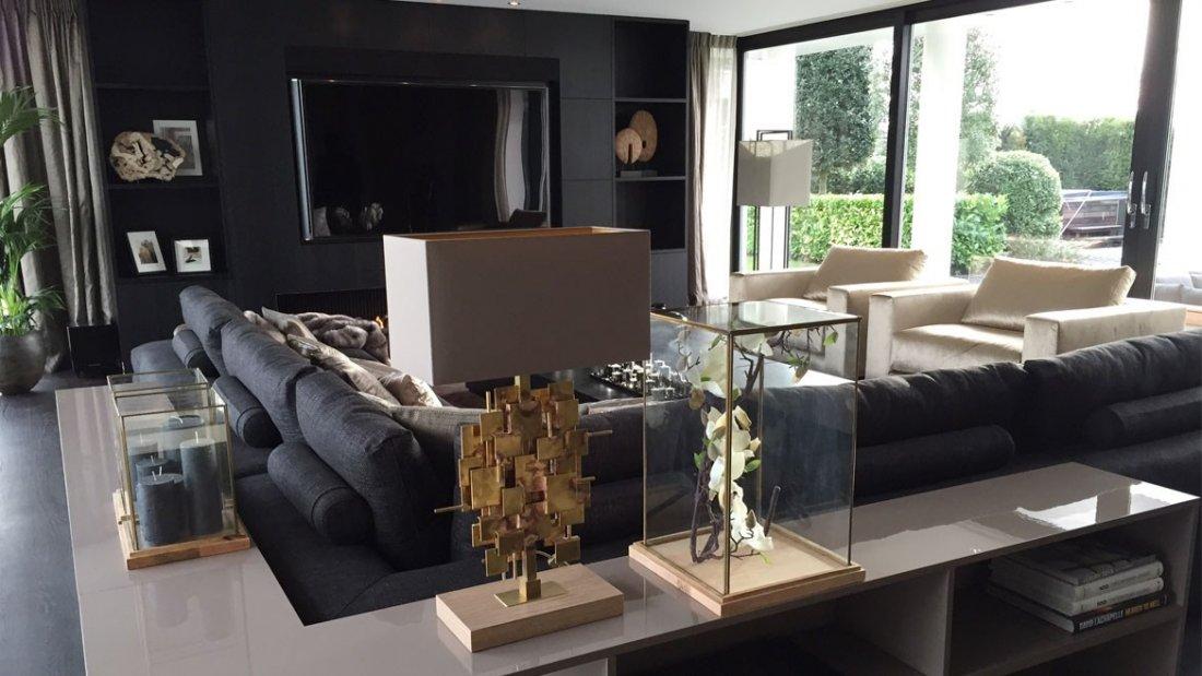 villa noord holland modern van buiten luxe van binnen. Black Bedroom Furniture Sets. Home Design Ideas