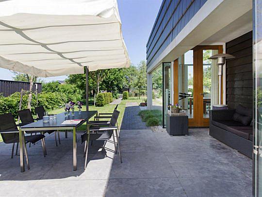 Interieur inspiratie in de stijl design - Eigentijdse design lounge ...